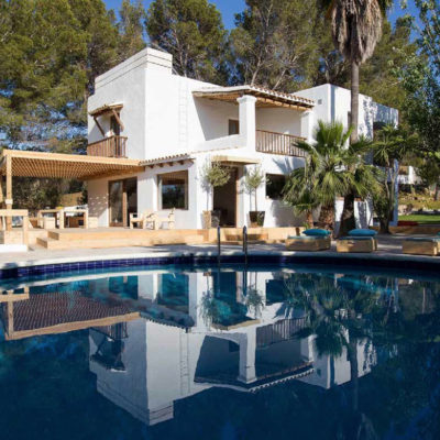 Beautiful villa between San José and Cala Tarida with wonderful Mediterranean garden