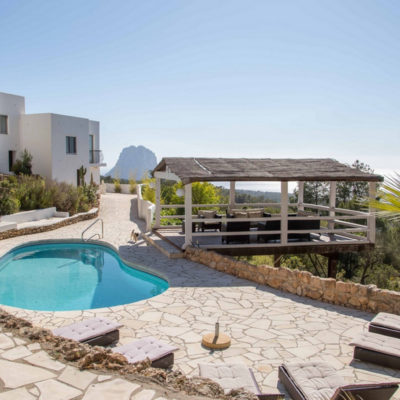Fantastic finca with a unique panoramic view and rental license