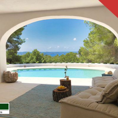 Extremely stylish and completely renovated villa with sea views and sunset view